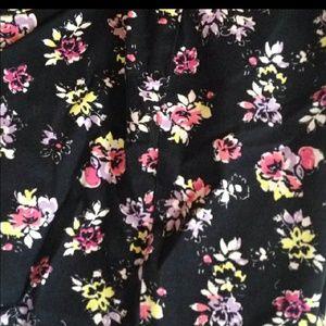 torrid Pants - NWOT Torrid floral jeans